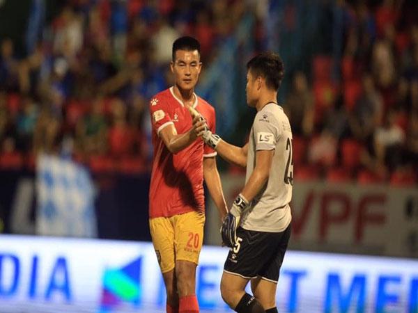 Phạm Hoàng Lâm - cầu thủ cao nhất tuyển Việt Nam